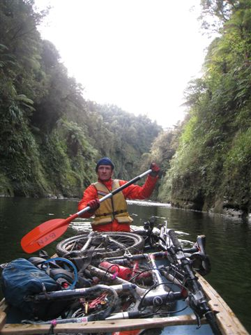 Ferry mountain bikes down the Whanganui River